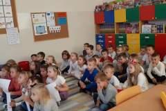 Spotkanie przedszkolaków i kl.Oa  z Policjantem